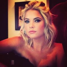 { Ashley Benson } Loving this hair cut and style. Make up is perfection.