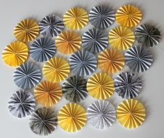 Paper Flowers Accordion Round Style by BetterTogetherEvents