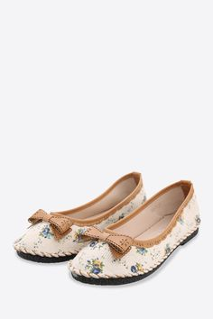 Retro Ballerina Bowknot Shoes. Free 3-7 days expedited shipping to U.S. Free first class word wide shipping. Customer service: help@moooh.net