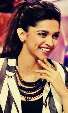 Deepika@Dimples queen
