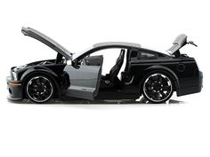 2008 Ford Shelby GT-500KR LOPRO 1/24 Black w/Extra Rims