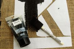 how to paint on burlap (using freezer paper as a template)