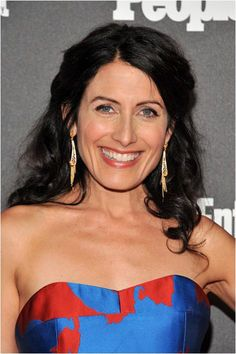 American actress Lisa Edelstein attended last night the Entertainment Weekly and People New York Upfronts Celebration wearing Sierpes earrings from the Seda Imperial collection