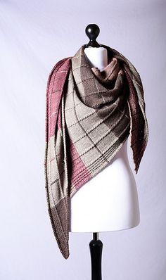 Ravelry: Claudia Shawl pattern by Christina Körber-Reith
