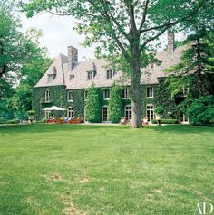 The designer shares the Bedford, New York residence with his wife, Ricky | archdigest.com