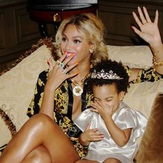 BEYONCE AND BLUE IVY too cute!
