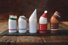 Vad sägs om ett litet luciatåg till frukost? Och då menar jag inte det där sjungande luciatåget utan det som kommer med goda frukostägg… Julpyssel Luciatåg Att göra äggkoppar av halverade...