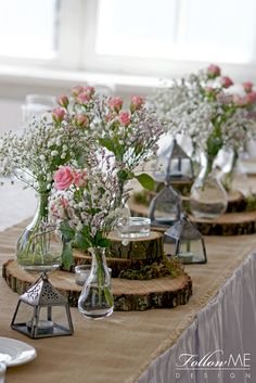 Rustykale dekoracje stołów / Dekoracje stołów na plastrach drewna / Kwiatowe dekoracje stołów / Rustykalne Dekoracje ślubne od FollowMe DESIGN / Rustic Table Decorations / Rustic Wedding Decorations & Details by FollowMe DESIGN