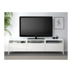 BESTÅ TV-Bank mit Schubladen - weiß/Selsviken Hochglanz/weiß, Schubladenschiene, Drucksystem - IKEA