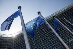 La Unión Europea ha dado un paso importante en sus planes para liberar la banda ancha inalámbrica de 700 Mhz que permita el despliegue de la tecnología móvil 5G. La Unión Europeo, a través de la Co…
