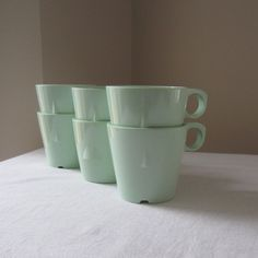 Green melamine cups from the 1960s or 70s. I would love to find some.