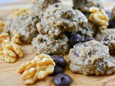Excalibur Raw Food Recipes. Diana Stobo's Raw Vegan Double Chocolate Chip Cookies. These are INCREDIBLE.