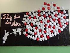 Mother's Day Bulletin Boards for Preschool - Preschool and Kindergarten Kids Crafts, Diy And Crafts, Paper Crafts, Mothers Day Decor, Mothers Day Crafts, Teachers' Day, Mom Day, Happy Mom, Happy Mothers Day