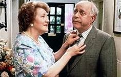 Keeping Up Appearances-- a hilarious British comedy. LOVE this show British Tv Comedies, British Comedy, British Actors, English Comedy, Keeping Up Appearances, Tv Tropes, Bbc Tv, Comedy Tv, Classic Tv