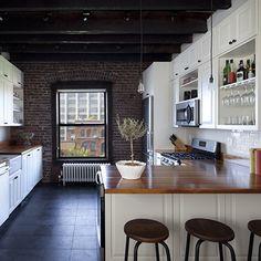 blogs-daily-details-08-brooklyn-apartment-exposed-brick.jpg