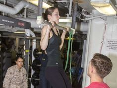 Female Marines say they've figured out how to master pullups