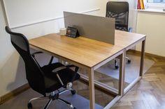 Biurka w sali CoWorking