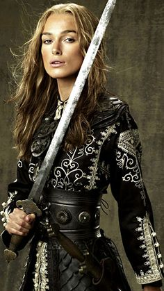 pirates of the caribbean elizabeth swann pirate queen Elisabeth Swan, Tough Woman, Pirate Queen, Hollywood Star, Keira Knightley, Pirates Of The Caribbean, Fantasy Girl, Cosplay, Image