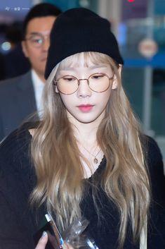 Taeyeon 191018 Incheon Airport to Bangkok Sooyoung, Yoona, Snsd, Lee Hyori, Jeonju, Girls Generation, Taeyeon Jessica, Kim Tae Yeon, Incheon