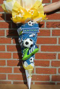 selbstgebastelte Fußball Schultüten   design Schultüten by Bastelwonny.de