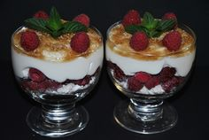 Himbeerzaubercreme, ein tolles Rezept aus der Kategorie Dessert. Bewertungen: 117. Durchschnitt: Ø 4,5.