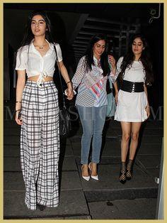 Sridevi, Khushi and Jhanvi Kapoor Hakkasan MyFashgram Paris Outfits, Black Dress Outfits, Spring Outfits, Fashion Outfits, Fashion Tips, Fashion Design, Fashion Trends, Autumn Outfits, Trendy Dresses