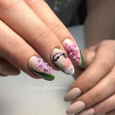 Весна только на ногтях на улице дождь ☔️ #ручнаяроспись