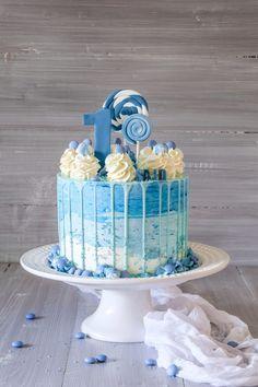 Geburtstagstorte Baby First Birthday Cake, Boys 1st Birthday Cake, Bithday Cake, Baby Boy Cakes, Cakes For Boys, Cake Decorating Techniques, Cake Decorating Tips, Mickey Mouse Torte, Birthday Cake Decorating