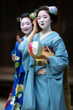 June 2015: maiko Mamefuji and Mikako - two most popular maiko in Gion by ta_ta999 - blog