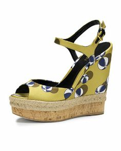 X1XYW Gucci Hollie Printed Satin Wedge Sandal, Lime/Blue