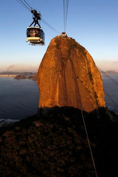 The Sugar Loaf and cable car, Rio de Janeiro - Brazil Quito, Most Beautiful Cities, Beautiful World, Places To Travel, Places To See, Travel Log, Largest Countries, South America, Monument Valley