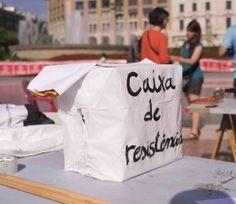 """Barcelona: """"Kasse des Widerstands"""" Foto: Robert B. Fishman, 4.10.2014"""