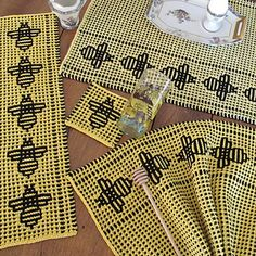 Ravelry: Beeline Placemat pattern by Amy Marie Slip Stitch Knitting, Bead Crochet Patterns, Crochet Afghans, Bee Keeping, Washing Clothes, Knits, Ravelry, Diy And Crafts, Manualidades