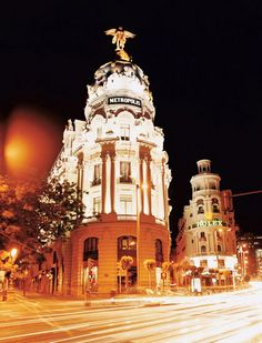 The corner of Gran Via and Calle Alcalá is dominated by the Metropolis building in Madrid