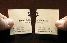 Un exemple de carte de visite prédécoupée (et donc détachable) : deux pour le prix d'une !
