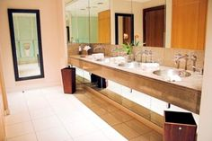 This public restroom is impeccably clean! We wouldn't mind a potty break here.