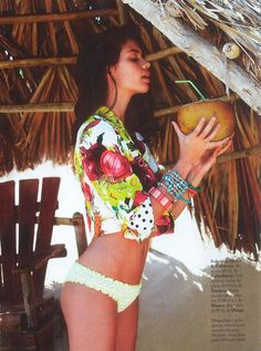 Tropical Mix by Elle Spain w/ Sara Sampaio