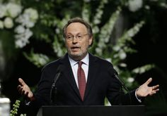 """Muhammad Ali Memorial: """"World Stopped And Sighed"""" When He Died, Billy Crystal Says"""