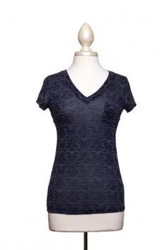 Dressing Your Truth | Type 2 Damask Soft-T Navy #type2 #dressingyourtruth #beautyprofiling