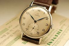 Watches Ideas Gentleman's Miscelanea : Photo Discovred by : Todd Snyder Dream Watches, Old Watches, Antique Watches, Vintage Watches For Men, Luxury Watches For Men, Rolex, Junghans, Authentic Watches, Vintage Omega