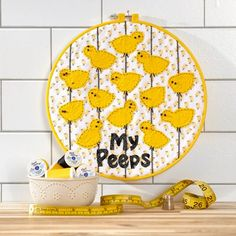 My Peeps Wall Hanging - Make it Coats  We think this would make a cute spring decoration for your sewing space! #sewing #fabriccrafting #embroideryhoopprojects #springDIYdecor  #Eastercraft #coatsandclark