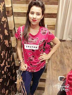 Indian Girls, T Shirts For Women, Tops, Fashion, Moda, Fasion, Trendy Fashion, La Mode