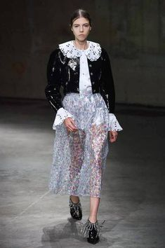 2305321e35b3 Christopher Kane Spring Summer 2018 Ready To Wear
