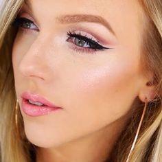 How to Do a Cut Crease Eye Makeup Look