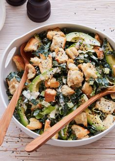 Avocado Kale Caesar from www.whatsgabycook… ( Avocado Kale Caesar from www. Fruit Salad Recipes, Chicken Salad Recipes, Avocado Recipes, Avocado Dip, Classic Caesar Salad, Kale Caesar Salad, Couscous Salad, Quinoa Salad, Vegetable Recipes