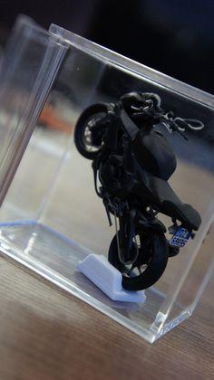 Aprilia Tuono V4 R 2014! Modellino realizzato con le stampanti 3D di Faktory.