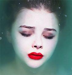 #News - Chloe Moretz será Ariel Loira, Poster da 2ª Temp de Vixen e primeiras imagens de The Walking Dead ~ Kalebi Filmes