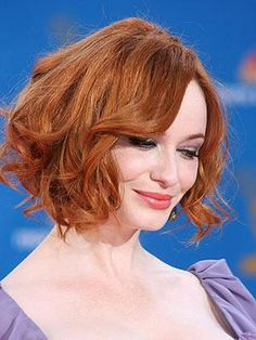 We're mad for Christina Hendricks' short hairstyle