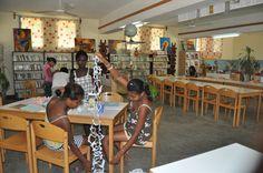 Du 03 au 10 décembre 2012, des élèves volontaires pourraient se rendre au CDI…