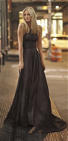 Jessica Stein in Oscar de la Renta Gown. Just Beautiful!♥